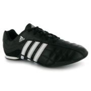 продам новые фирменные кроссовки adidas