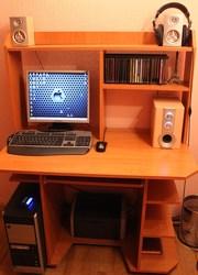 Продам компьютер + компютерный стол в подарок