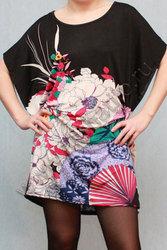Платье свободного покроя с цветочным рисунком