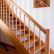 Деревянные лестницы. Проектирование,  изготовление и установка в Хмельн