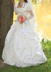 Свадебное платье,  б. у. 1 раз,  р. 44-46,  ручная робота вышивки