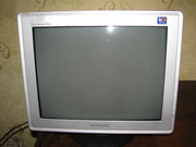 Продам б/у монитор 17 дюймов Samsung Syncmaster 793DF