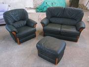 Диван+кресло+пуф из натуральной кожи в идеальном состоянии!Из германии